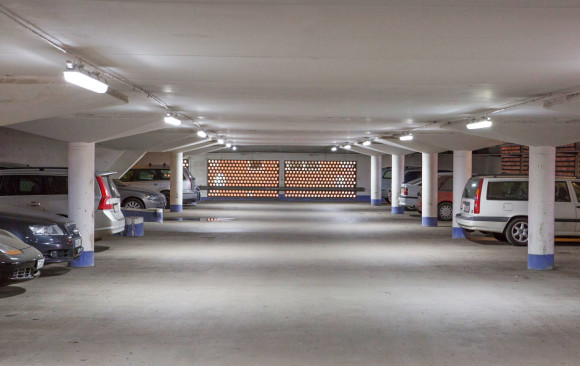 Ännu ett energisnålare och ljusare parkeringsgarage