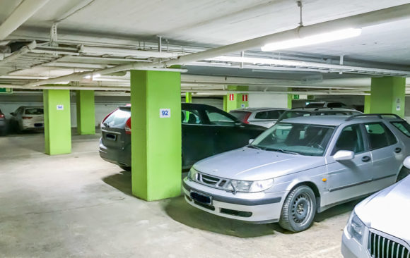 3 garage i Eskilstuna får Smart LED